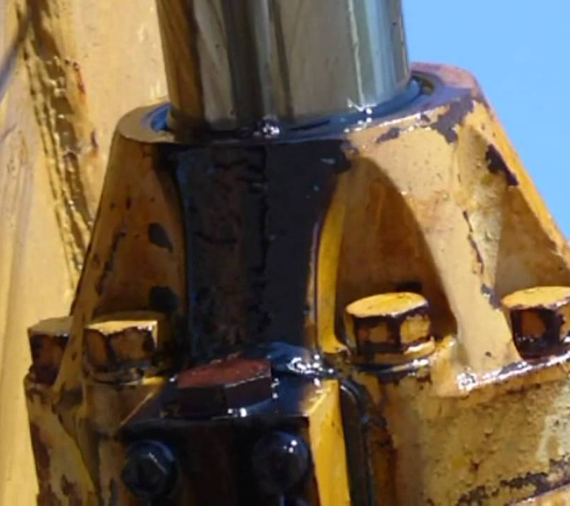 Why do hydraulic cylinders start leaking_ | Magister Hydraulic